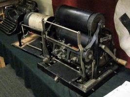 This mimeograph could crank out exact image copies